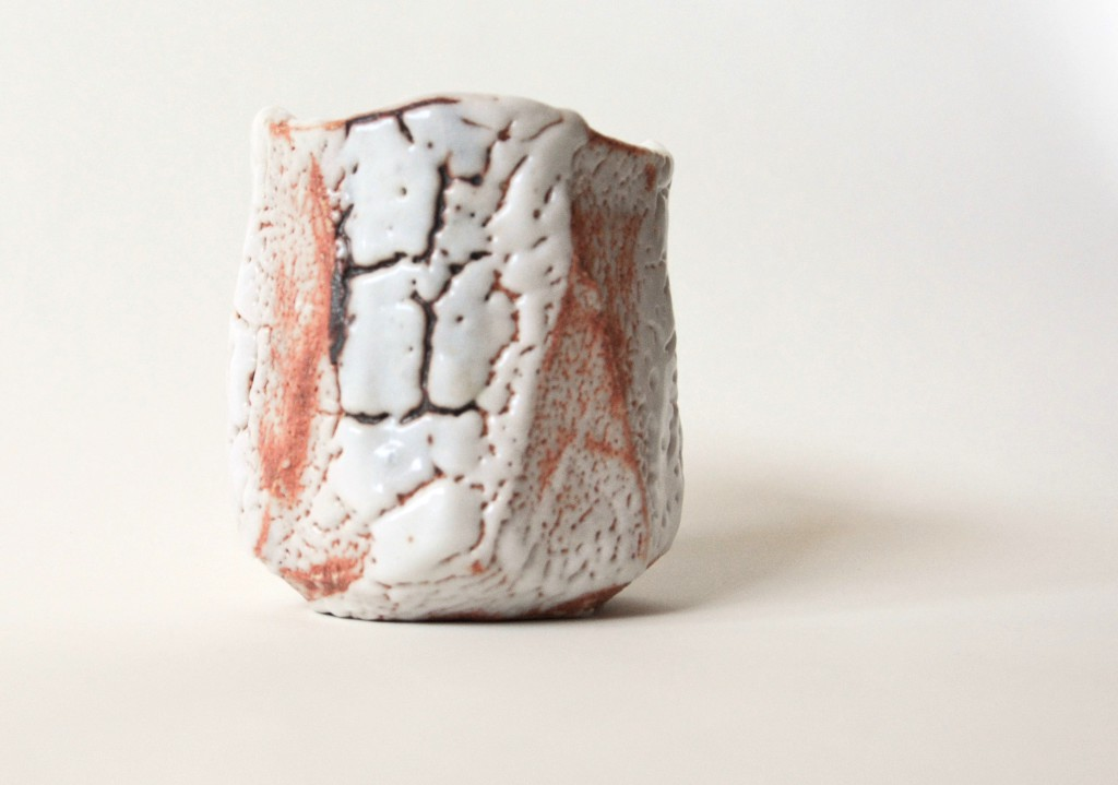 Shino-Keramik mit zuckergußartiger Glasur