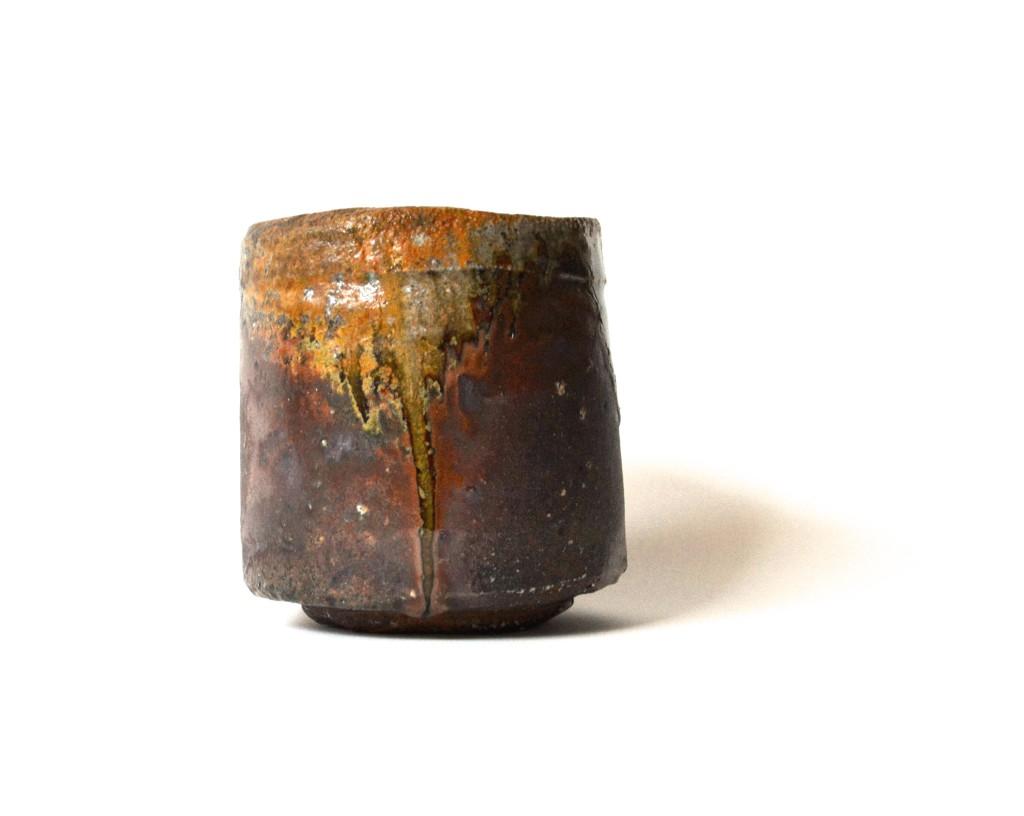 Echizen-Keramik mit natürlicher Ascheanflug-Glasur